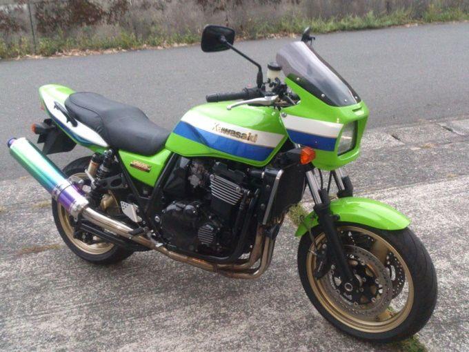 ZRX1200R_00.jpg
