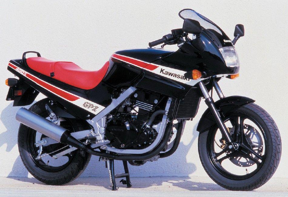 gpz400s_1986.jpg