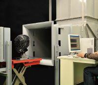 社内風洞実験施設での実験
