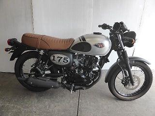 カワサキ W175