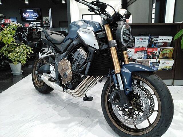 CB650R 21年モデル新色です。 HondaDream東海 TEL0562-85-1400