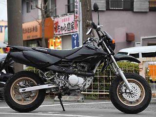 ホンダ XR100モタード