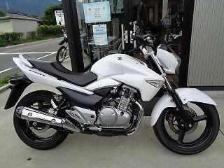 スズキ GSR250