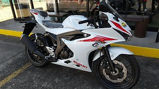 スズキ GSX-R125